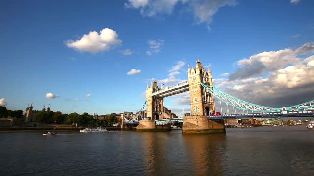 tower bridge panning to financial district - tower of london stock videos and b-roll footage