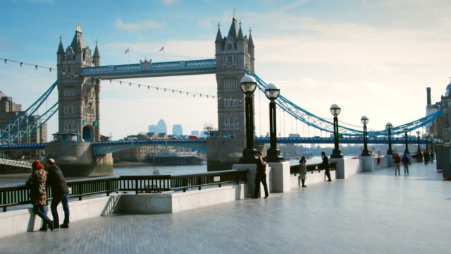 tower bridge time lapse - tower bridge stock videos & royalty-free footage