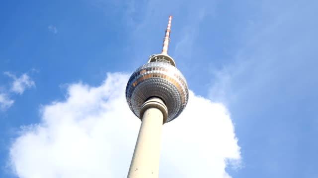 リアルタイム、ベルリン テレビ塔 - テレビ塔点の映像素材/bロール
