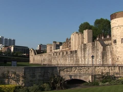 tower of london 2 - tower of london stock videos and b-roll footage