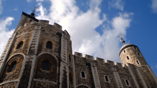 t/l ms la tower of london against blue sky and clouds / london, england - tower of london stock videos & royalty-free footage