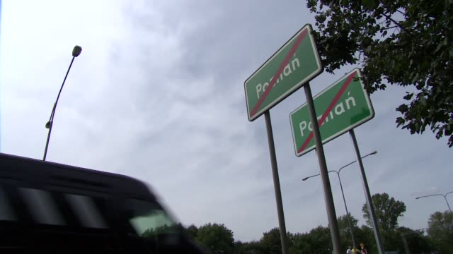 town exit sign - information sign - information sign stock videos & royalty-free footage
