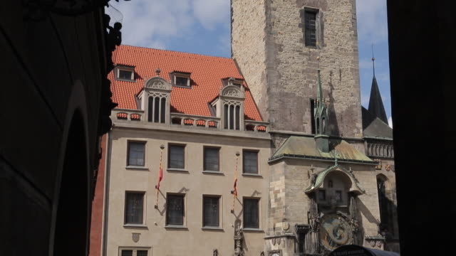 town hall clock tower & old town square passageway, prague, czech republic, europe - prague old town square stock videos and b-roll footage