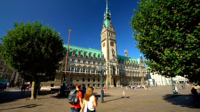 town hall in hamburg, time lapse - rathaus stock videos & royalty-free footage