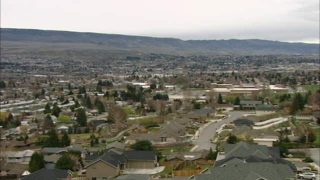 Town in valley, Wenatchee, Washington, USA