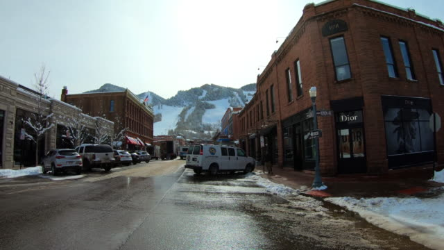 vidéos et rushes de town of aspen, colorado - colorado