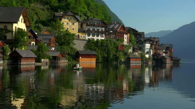 Town of Hallstatt on Lake Hallstatt, Salzkammergut, Upper Austria, Austria