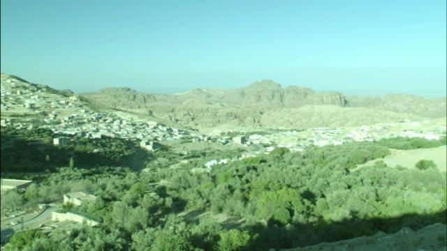 town of petra, pan, jordan - アラバ砂漠点の映像素材/bロール