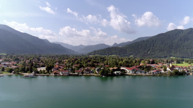 stockvideo's en b-roll-footage met town of rottach-egern at lake tegernsee - bavarian alps