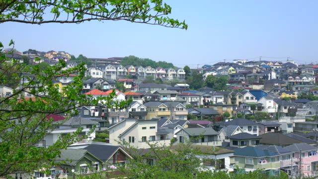 タウンの眺め屋根-4 k - 都市景観点の映像素材/bロール