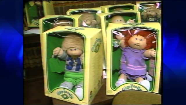 vídeos y material grabado en eventos de stock de toyota dealer offers cabbage patch kids on december 08, 1983 in california - 1983