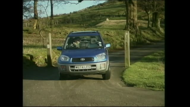 toyota rav 4 - トヨタ自動車点の映像素材/bロール