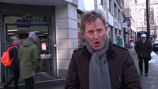 'toys r us' and 'maplin' go into administration england london ext reporter to camera sot various of people along street julie palmer interview sot... - toys r us stock videos and b-roll footage
