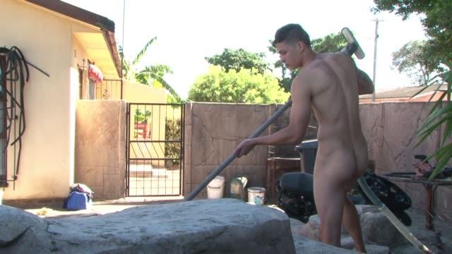 trabajar desnudo cape town south africa - desnudo stock videos & royalty-free footage