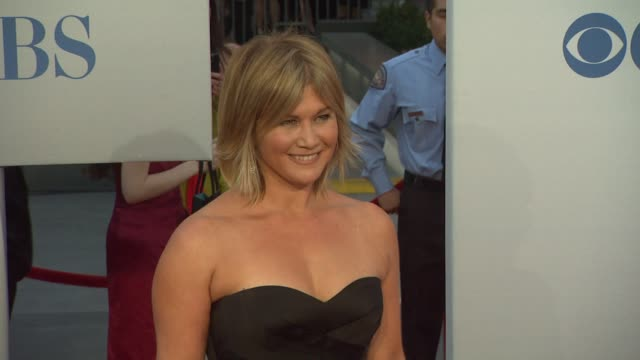 tracey gold at 2012 people's choice awards - arrivals on 1/11/12 in los angeles, ca. - people's choice awards stock-videos und b-roll-filmmaterial