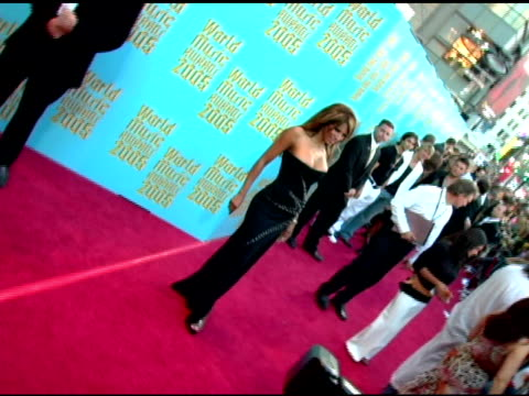 traci bingham at the 2005 world music awards arrivals at the kodak theatre in hollywood, california on september 1, 2005. - traci bingham stock videos & royalty-free footage