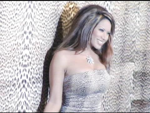 traci bingham at the unveiling of roberto cavalli's beverly hills location at roberto cavalli boutique in los angeles, california on february 15,... - ブランド ロベルト・カヴァリ点の映像素材/bロール