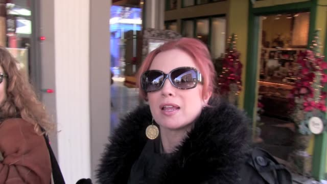 vidéos et rushes de traci lords at the sundance film festival 01/22/12 in celebrity sightings in park city utah - traci lords