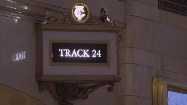 track 24 sign in grand central terminal in manhattan - western script stock videos & royalty-free footage