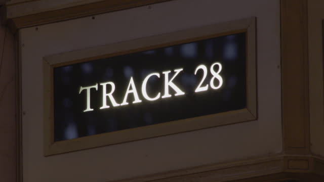 track 28 sign in grand central terminal in manhattan - western script stock videos & royalty-free footage