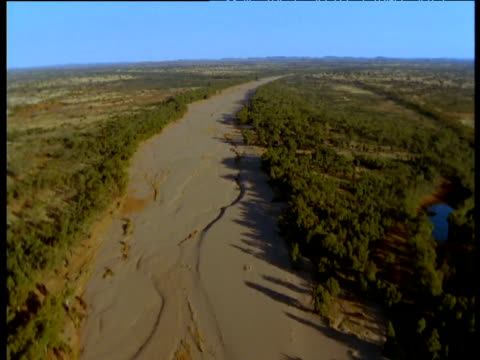 track along dry finke river bed in outback, northern territory, australia - arid climate stock videos & royalty-free footage