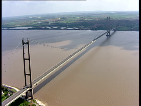 Track backwards from Humber Bridge East Yorkshire