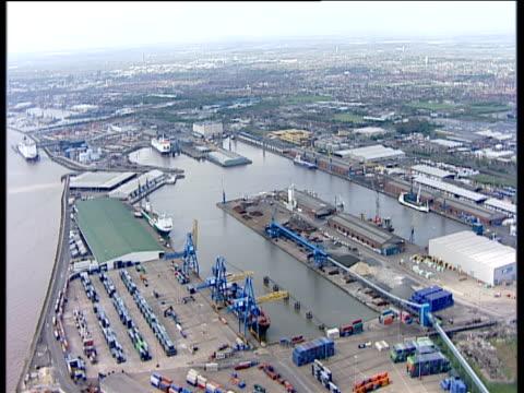 Track forward over King George Docks Hull