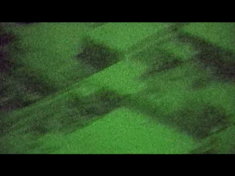 track over afghanistan at night towards british army base 10 september 2009 - 2001年~ アフガニスタン紛争点の映像素材/bロール