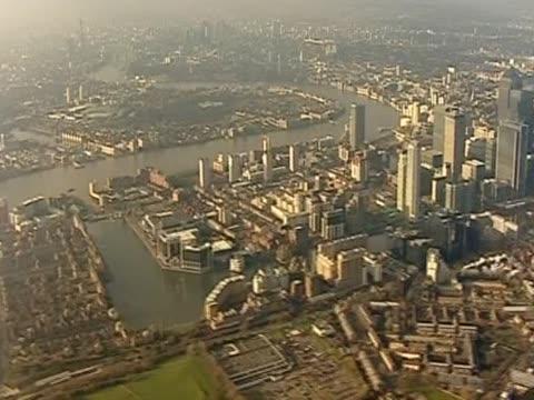 nnbb124n - イーストロンドン点の映像素材/bロール