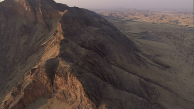 track over mountains in the desert in southern africa. available in hd. - southern africa stock videos & royalty-free footage
