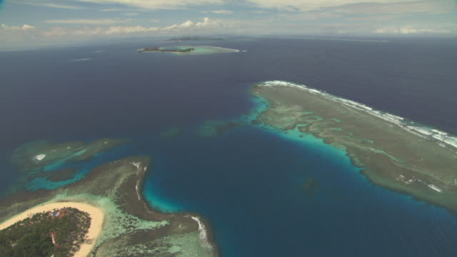 track over ocean and islands. - south pacific ocean stock videos & royalty-free footage