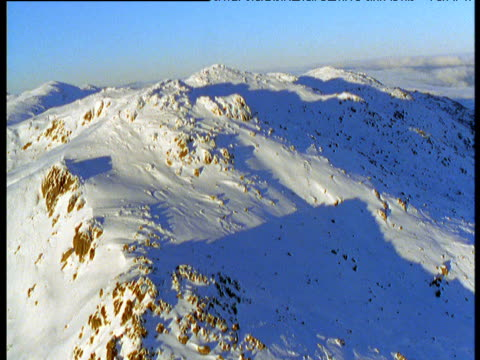 track over snowy peaks in australian alps, victoria, australia - australian alps stock videos & royalty-free footage