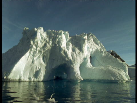track right past icebergs, antarctica - antarctic ocean stock videos and b-roll footage