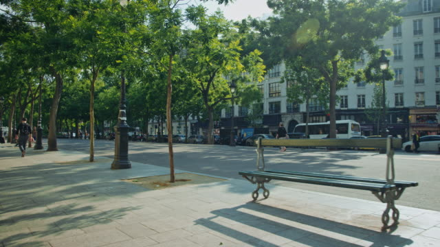 Tracking shot of a Paris boulevard