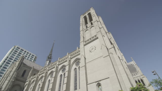 Tracking shot of Grace Cathedral in San Francisco