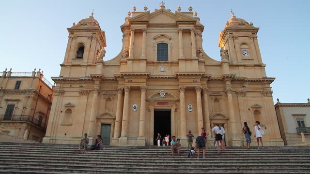 Tracking shot of the baroque Noto Cathedral dedicated to Saint Nicholas of Myra, Sicily, Italy