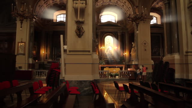 tracking through the stunningly ornate cathedral of palermo, sicily, italy - cathedral stock videos & royalty-free footage