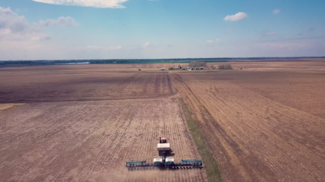 tractor planter at work in the field - south dakota stock videos & royalty-free footage