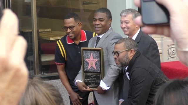 vídeos y material grabado en eventos de stock de tracy morgan unveils his star on the hollywood walk of fame in hollywood in celebrity sightings in los angeles - tracy morgan