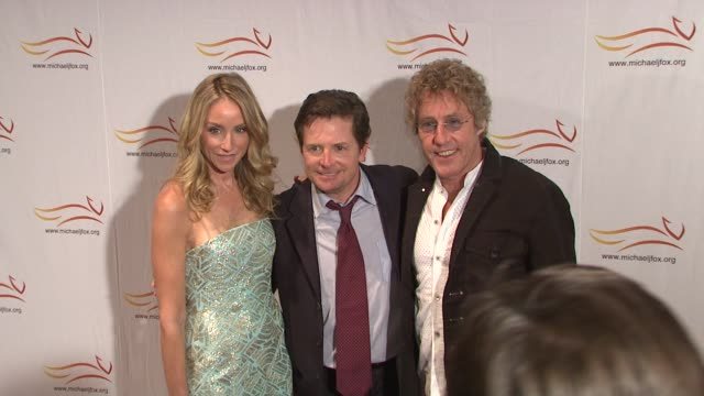 Tracy Pollan Michael J Fox and Roger Daltrey at the 'A Funny Thing Happened On The Way To Cure Parkinson's' Benefit at New York NY