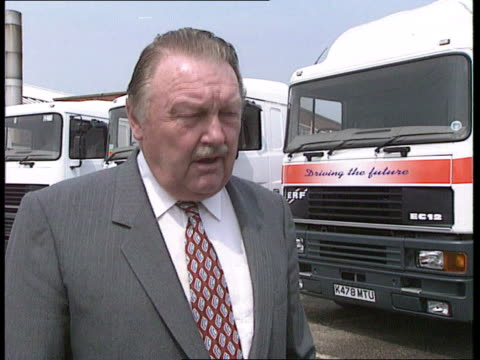 england cheshire sandbach ms workers on production line at erf truck factory cbv ditto cms ditto ms ditto cms peter foden intvwd sot europe is going... - sandbach -antoinette stock videos & royalty-free footage