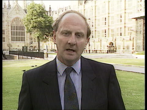 trade figures worsen england london way ex westminster cms richard needham mp intvwd sof exports are up in volume/we are doing well/ one months... - dermot murnaghan stock-videos und b-roll-filmmaterial