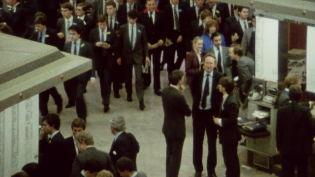 1985 zo traders at the london stock exchange / london, england† - building storey stock videos and b-roll footage