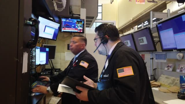 traders work on the floor of the new york stock exchange on march 09, 2020 in new york city. stocks fell sharply as fears grow across the world over... - new york stock exchange stock videos & royalty-free footage