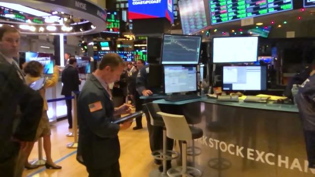 traders work on the floor of the new york stock exchange on thursday december 6 2018 in new york city the dow dropped over 400 points in morning... - new york stock exchange stock videos & royalty-free footage