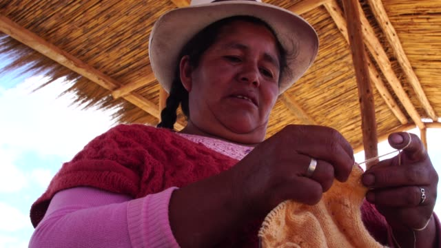traditional chinchero woman weaving, peru - peruvian ethnicity stock videos & royalty-free footage