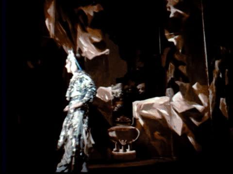 vídeos de stock e filmes b-roll de 1957 montage traditional chinese opera performance / singapore / audio - 1957