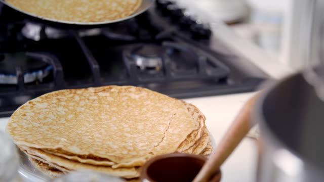 traditional dutch pancakes - pannenkoeken cneufoo595 - crepe stock videos & royalty-free footage