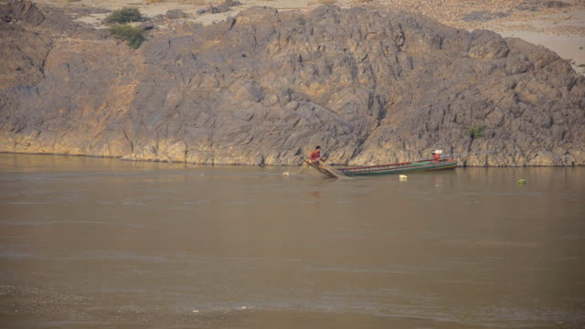 traditional fishing boat on salween river - mae hong son province stock videos and b-roll footage