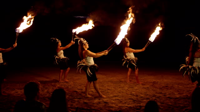 traditional hawaiian fire hula dancers - polynesian ethnicity stock videos & royalty-free footage